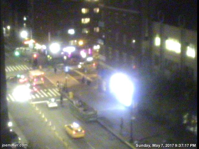 joemaller.com 14th St webcam image 18