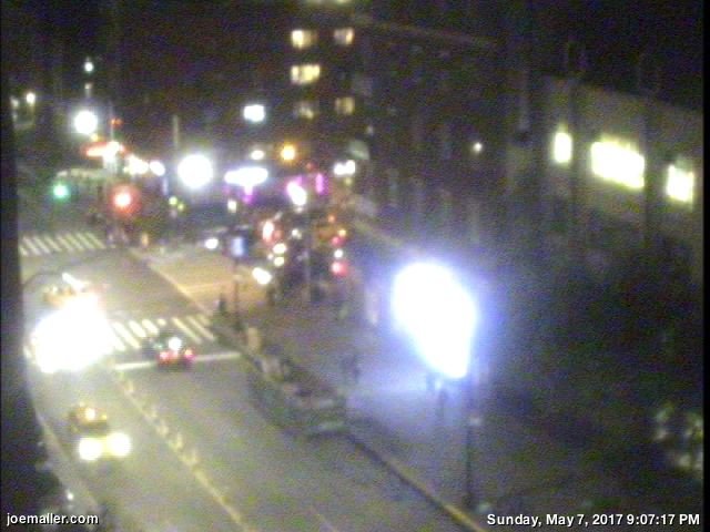 joemaller.com 14th St webcam image 24