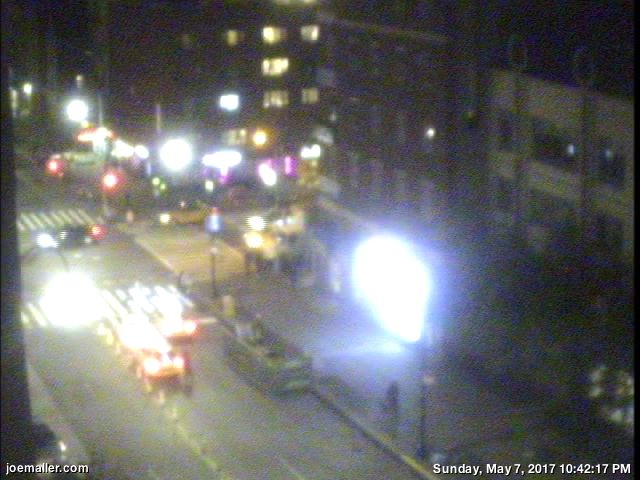 14th St, East Village NYC webcam timelapse (fader)