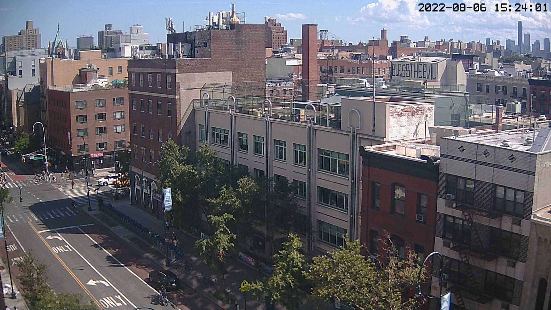14th St, East Village NYC webcam